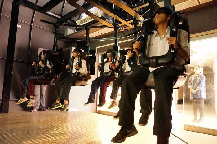 02.體驗全台最先進的4D體感設計臨場感實境體驗平台